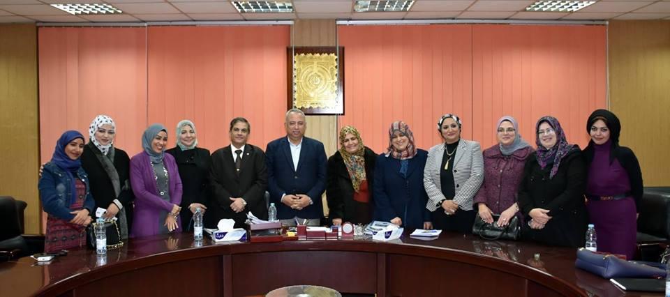صورة محافظ الشرقية يلتقي أعضاء المجلس القومي للمرأة