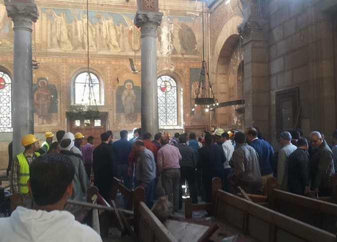 صورة منع قيادات مديرية أمن القاهرة من دخول «كاتدرائية العباسية» بعد الانفجار