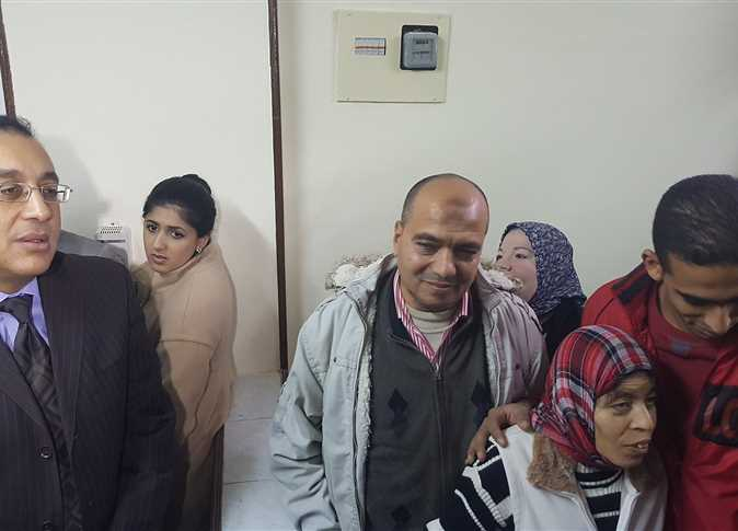 صورة بالفيديو.. فتاة العربة تشكر السيسي بعد استلام الشقة بالإسكندرية