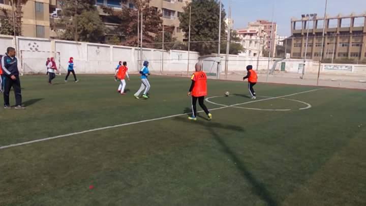 صورة بالصور .. كفر الأشراف يفور بدوري خماسي كرة القدم فتيات