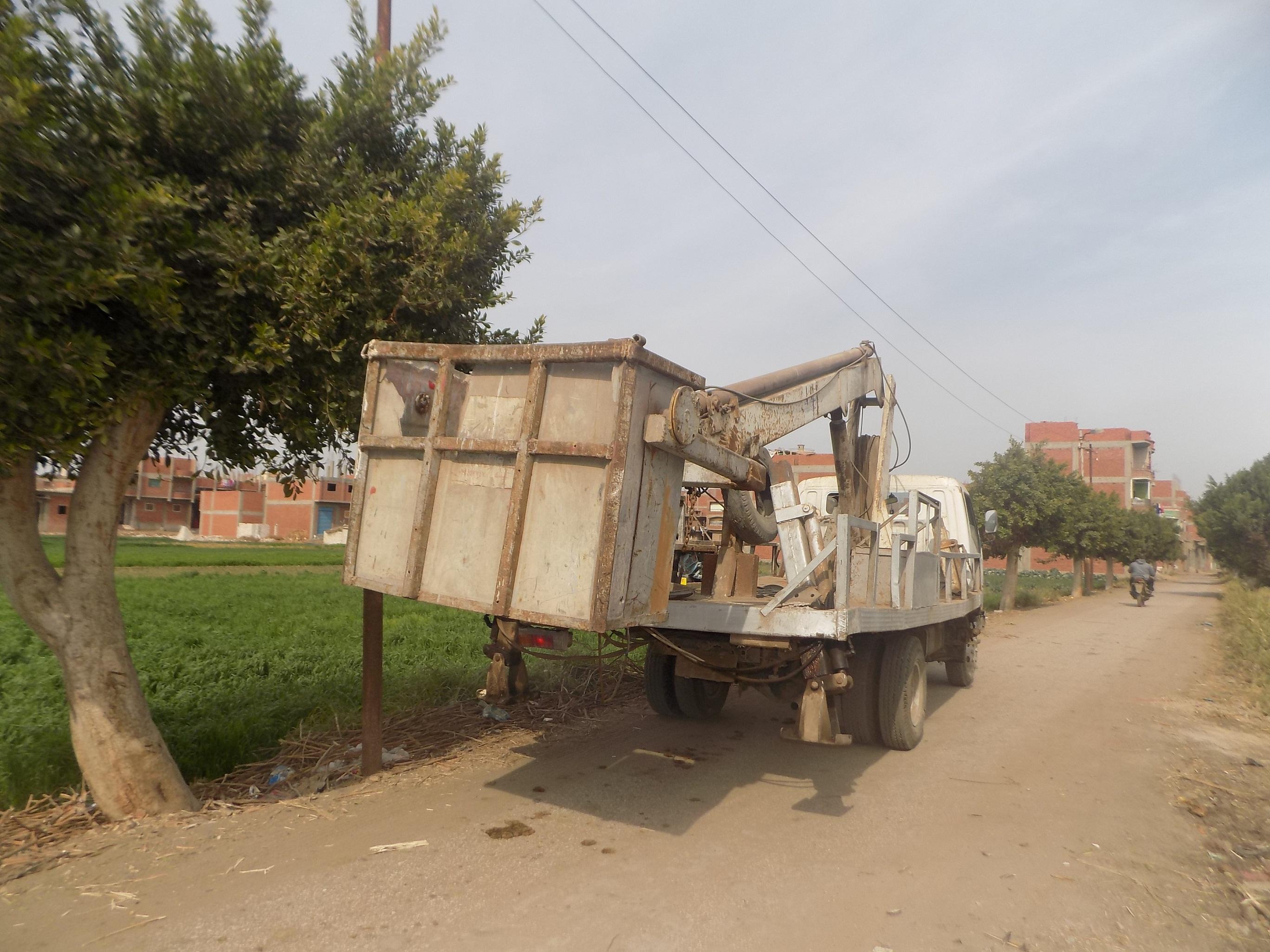 صورة إعادة الإنارة لمقابر قرية سنهوا بمنيا القمح