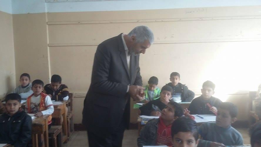 صورة مدير الإدارة التعليمية بأبوكبير يتفقد عدد من اللجان الأمتحانية