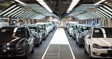 صورة 40 ألف سيارة تبحث عن زبون بعد الهبوط الحاد لأسعار السيارات