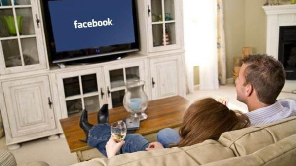 صورة فيسبوك على شاشة تليفزيونك .. قريبًا