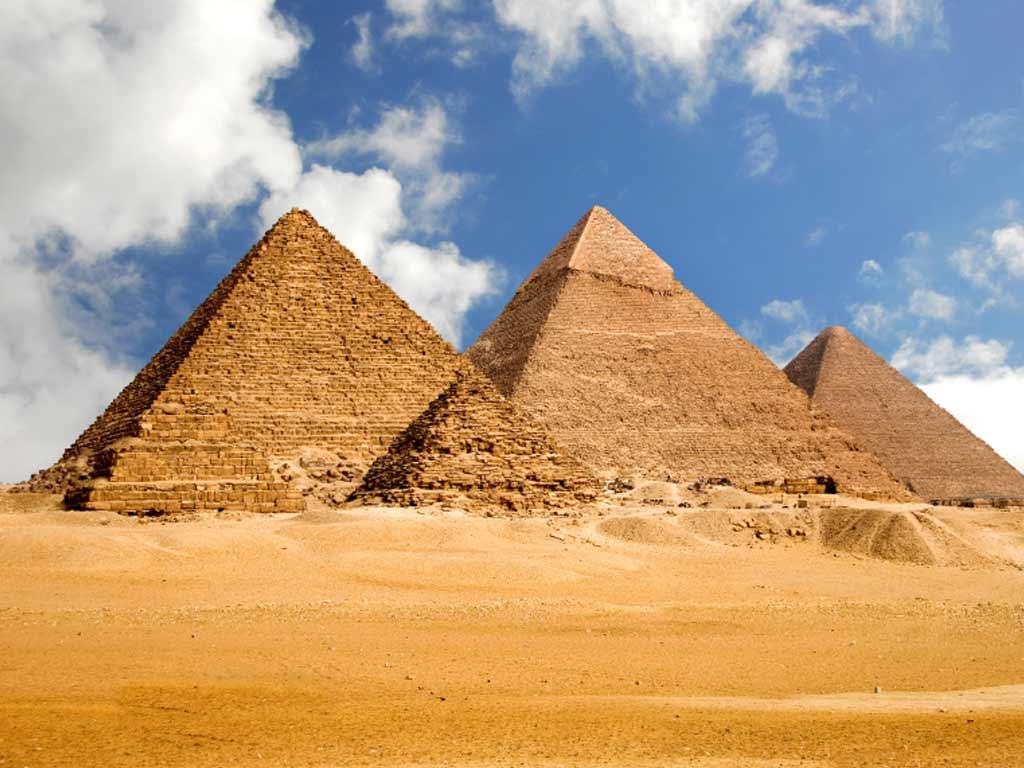 صورة اكتشاف أهرامات جديدة بمصر قد تكون أكبر من «خوفو»