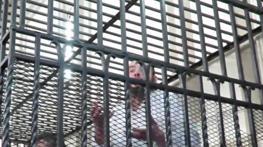 صورة «جنايات الإسكندرية» تقضى بإعدام «عسلية»بتهمة ذبح صاحب محمصة