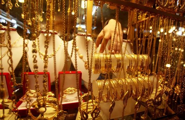 21 يسجل سعر جديد بعد تراجع أسعار الذهب اليوم في مصر
