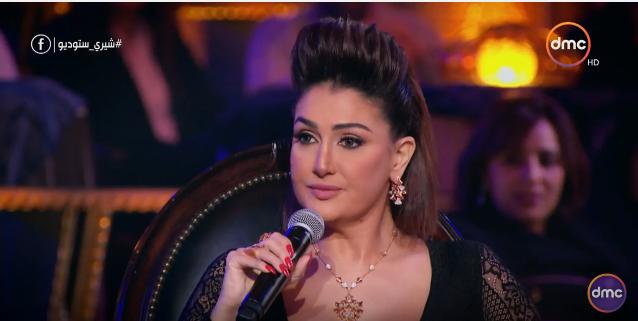 صورة بالفيديو.. غادة عبد الرازق تكشف عن مهنتها قبل دخول التمثيل