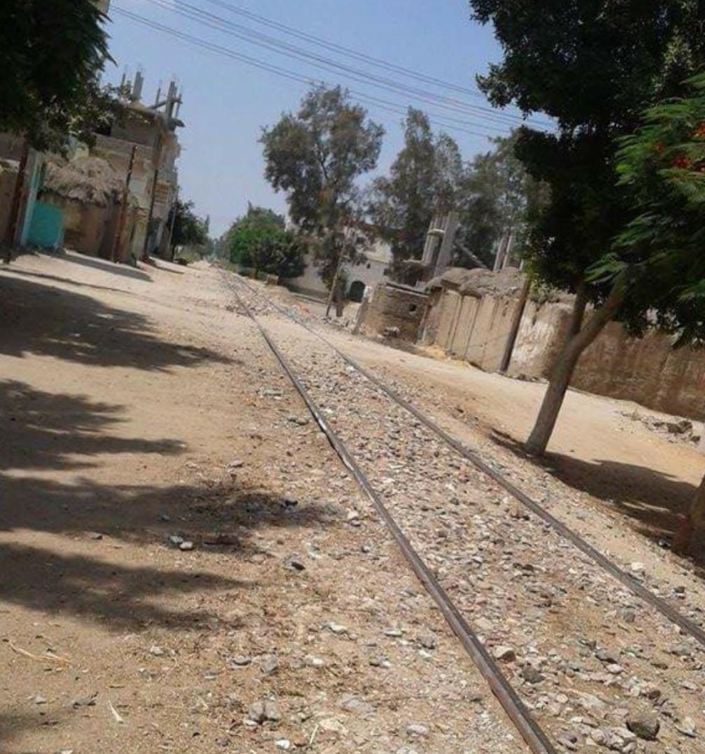 صورة بالصور.. قرية «أشكر» بفاقوس محرومة من الحياة بفضل تجاهل المسئولين
