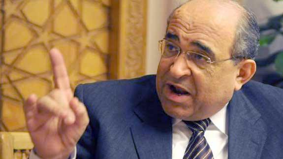 صورة مصطفى الفقي: مبارك غير مسئول عن قتل المتظاهرين ولم يكن ينوي توريث الحكم لنجله