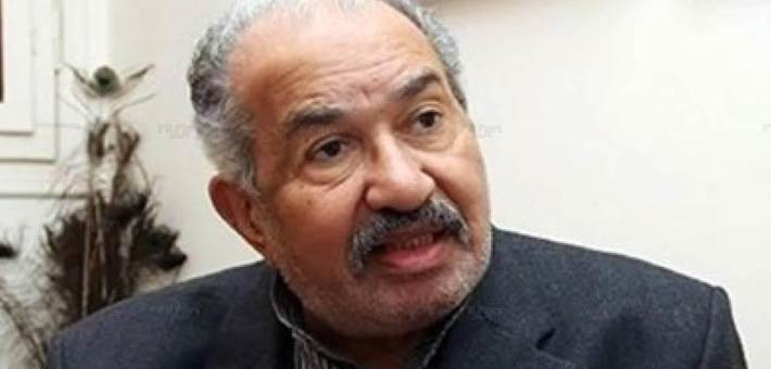 أحمد حمدى تكشف حقيقة انتحار والدها