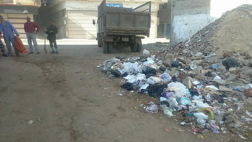 .. استمرار حملات النظافة بشوارع فاقوس 1