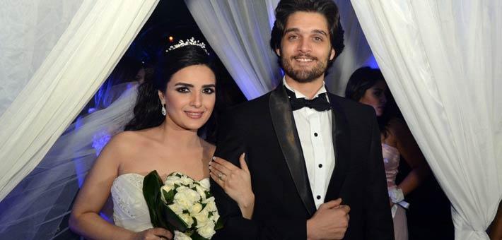.. عمر خورشيد وياسمين الجيلاني يرزقان بطفلتهما الأولى وهذا اسمها