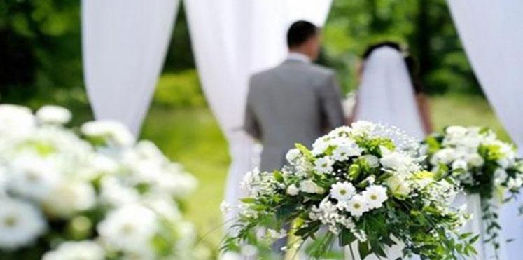 .. هذا ما فعله ساحر وعروسه في حفل زفافهما