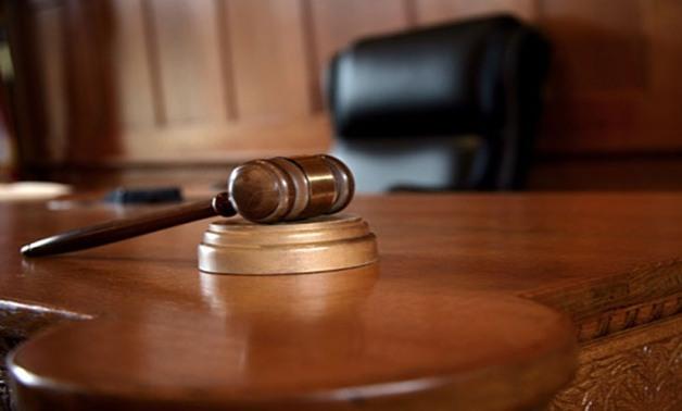 صورة بالفيديو .. عمرو أديب يكشف عن حكم محكمة تاريخي : «هيغير حاجات كتير في مصر»