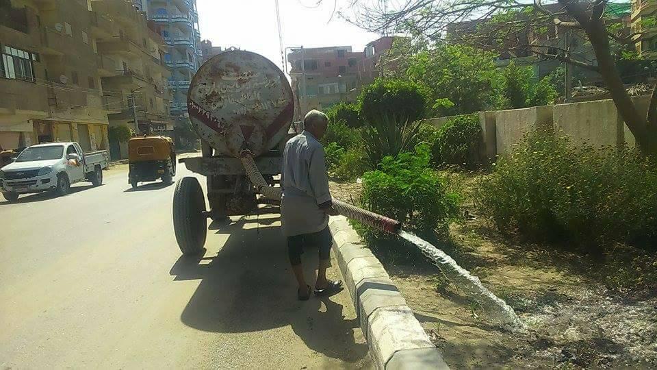 صورة تكثيف حملات النظافة والتجميل والمتنزهات بمدينة فاقوس