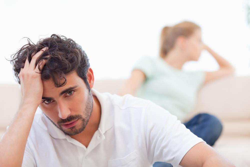 زوج عما يجب أن تفعله المرأة لزوجها .. وهذه التفاصيل