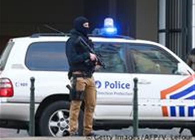 صورة «رويترز»: مقتل شرطي وإصابة آخر في إطلاق نار بباريس