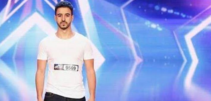 صورة بالفيديو.. متسابق جزائري يتعرض للإصابة قبل صعوده على مسرح Arabs Got Talent
