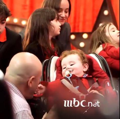صورة بالفيديو .. رضيع يشارك لأول مرة في Arabs Got Talent