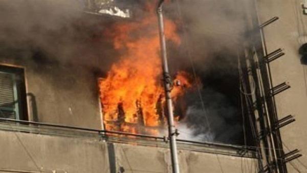 صورة «ماس كهربائي» يتسبب في  حريق يلتهم محتويات شقة بالزقازيق