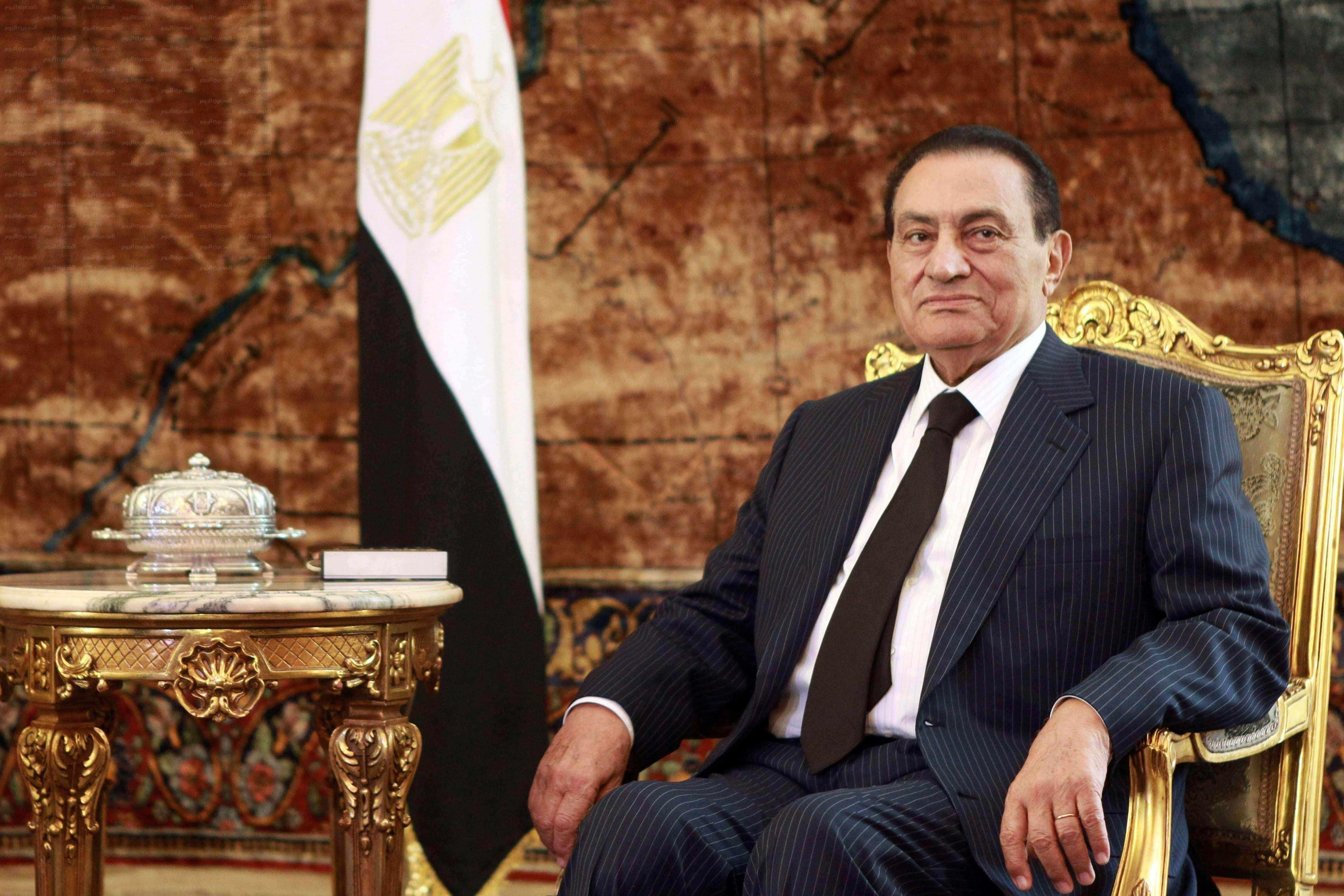 صورة أبناء مبارك : سنحتفل بعيد ميلاد الرئيس الأسبق بميدان مصطفي محمود غدًا