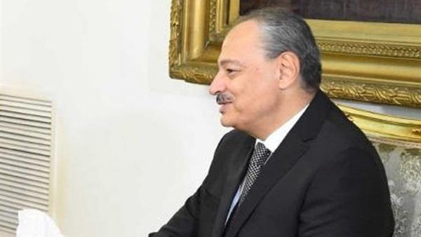 صورة إحالة مستشار وزير المالية و3 آخرين للجنايات في قضية رشوة