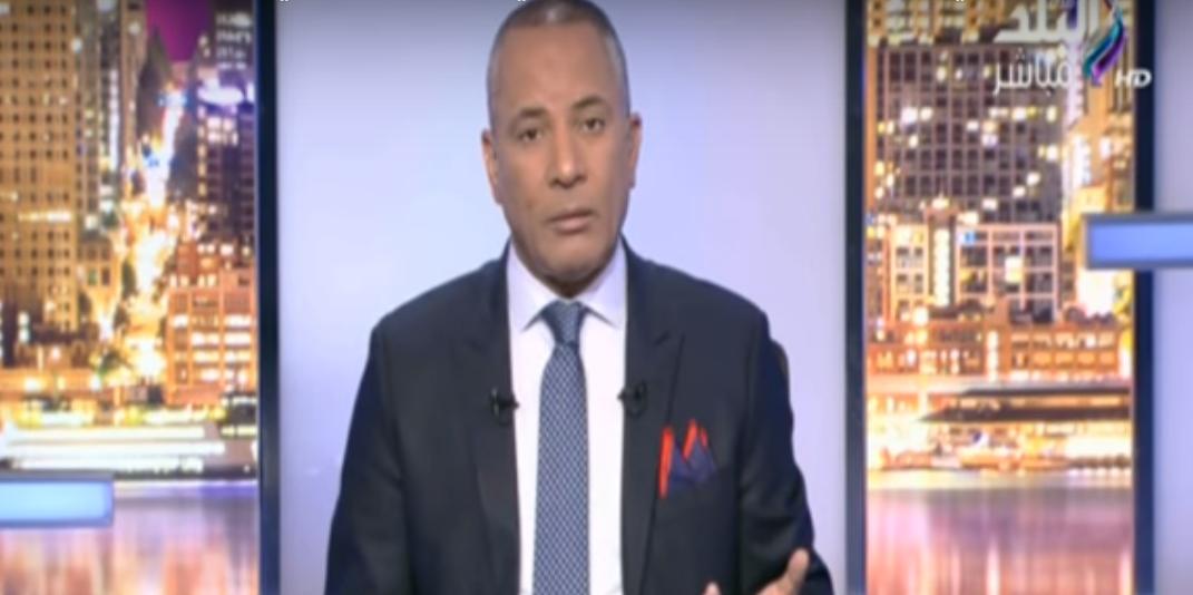 صورة بالفيديو.. أحمد موسى : «اللي عايز يشوف جيشنا بيعمل إيه.. يقرب من حدودنا»