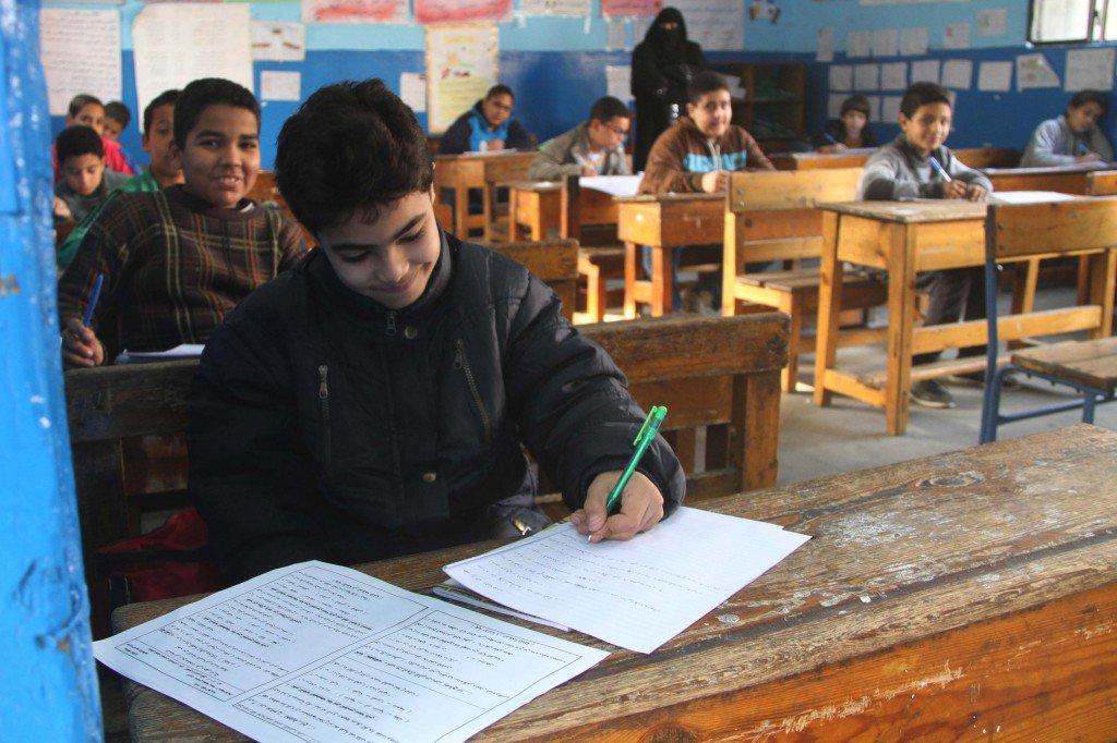 صورة تفاصيل اقتحام اسرة تلميذ بالابتدائي للجنة امتحانات بالزقازيق