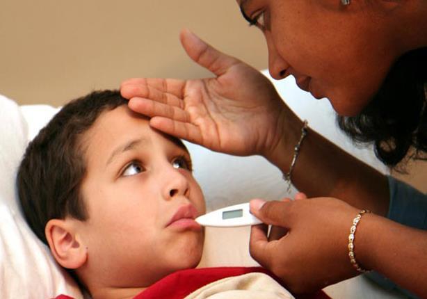 صورة حقيقة تسبب البطيخ والخوخ في إصابة الأطفال بالنزلات المعوية