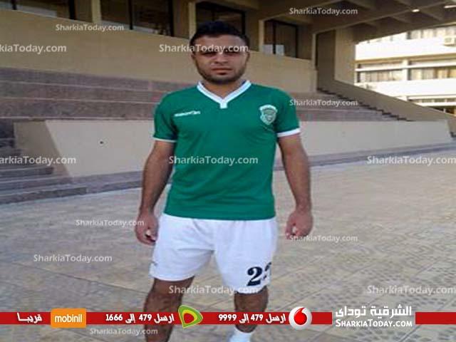 صورة لاعب الأتحاد يقدم اعتذار لجمهور الشرقية عما حدث في مباراة اليوم