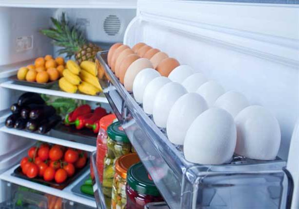 صورة دراسة : لا تضع البيض في باب الثلاجة ولا الفاكهة في الأدراج لهذا السبب