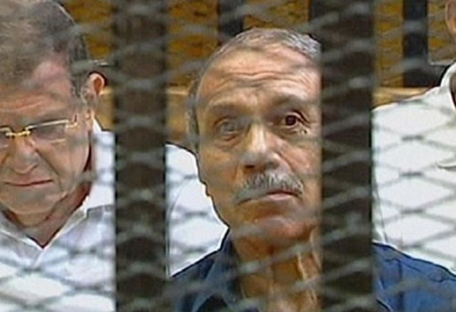 صورة محامي حبيب العادلي : موكلي هارب من محبسه وموجود في هذا المكان