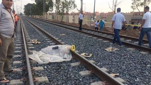 صورة وفاة طالب أسفل عجلات قطار «القاهرة – الزقازيق»