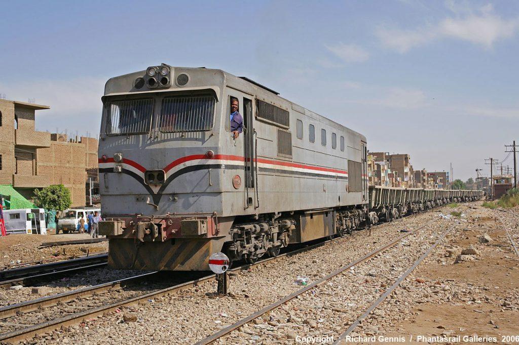 وزير النقل يكشف سبب تدهور السكة الحديد