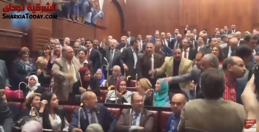 صورة حرب هتافات داخل مجلس النواب بشأن تيران وصنافير بحضور نواب الشرقية