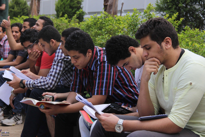 صورة لجنة الفتوى تحذر طلاب الثانوية العامة والجامعات