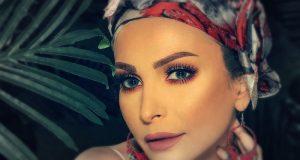 أمل حجازي تكشف حقيقة خلعها الحجاب