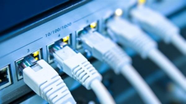 صورة القصة الكاملة لأزمة انقطاع الإنترنت في مصر