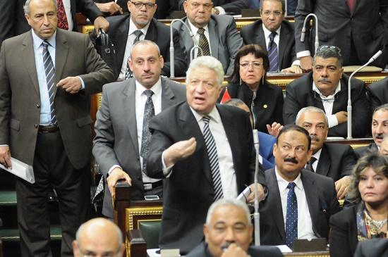 صورة البرلمان يرفض طلبين لرفع الحصانة.. وعبد العال: «مرتضى مش منهم»