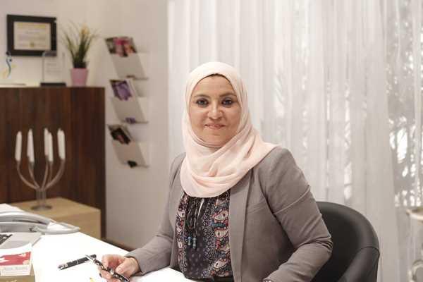 صورة حبس الدكتورة هبة قطب وإلزامها بكفالة 10 آلاف جنيه