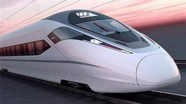 صورة وزير النقل يكشف موعد إطلاق القطار الكهربائي