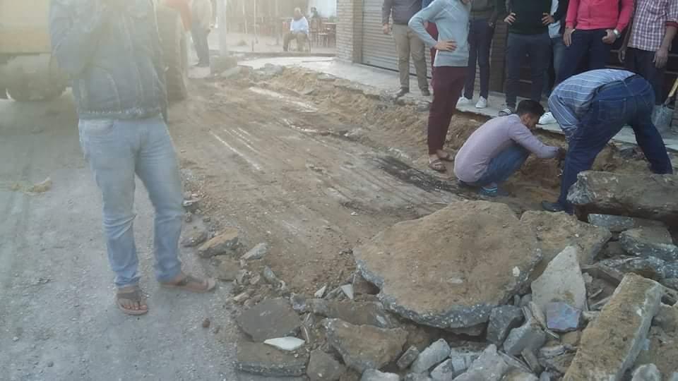 صورة بدء عملية توسعة الطريق أمام محكمة أبوكبير