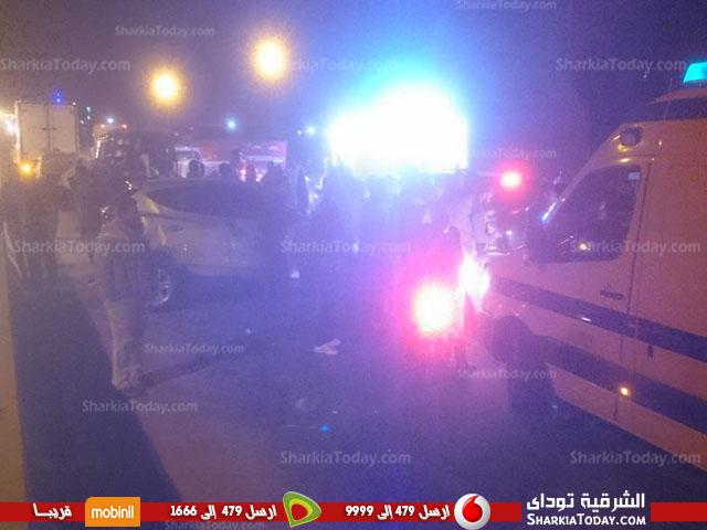 صورة حادث مروع بطريق «أبو حماد – الزقازيق» يسبب تكدس السيارات