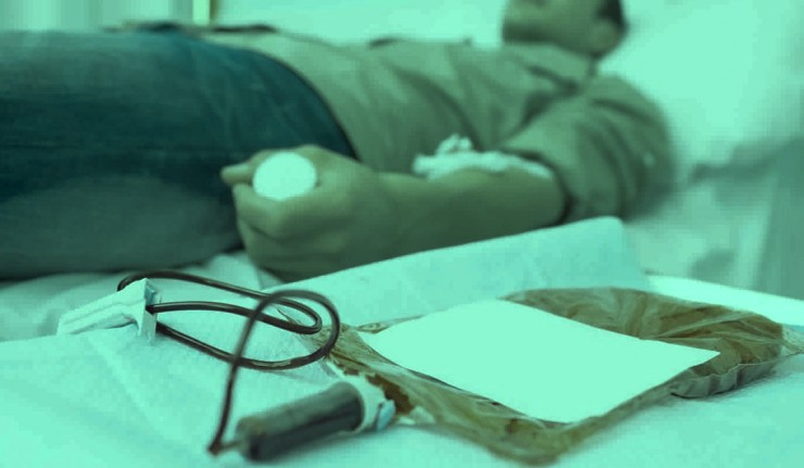 صورة خريطة توضح فصائل الدم التي يمكنك التبرع لها والعكس