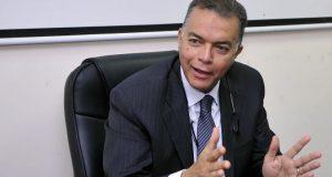 تعليق وزير النقل بعد حادث انقلاب قطار البدرشين