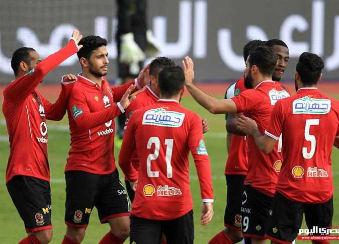 صورة بث مباشر مباراة الأهلي وسموحة في الدوري الممتاز