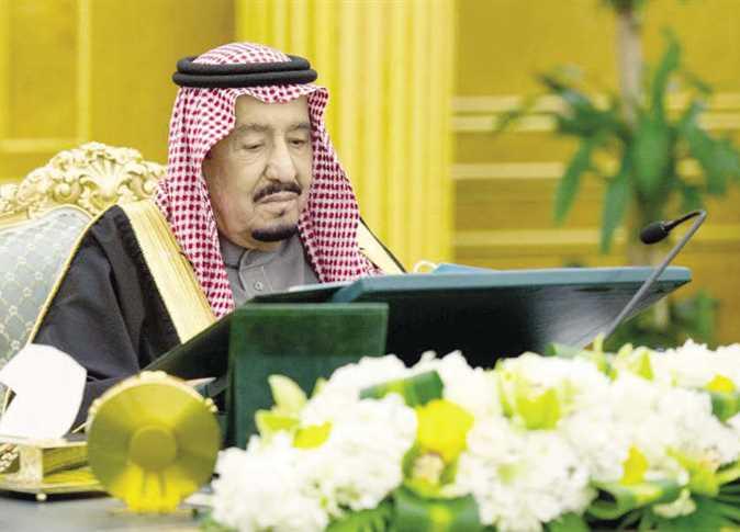 صورة السعودية تمنع الأجانب أزواج مواطناتها من ممارسة 19 مهنة