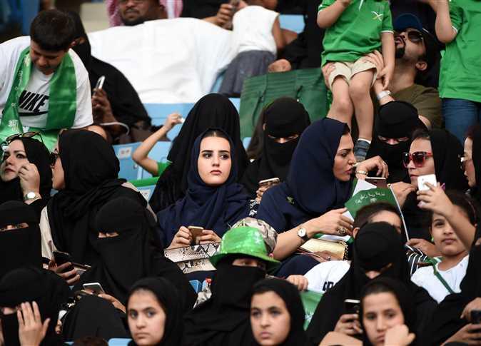 صورة السعودية تسمح للنساء بحضور مباريات كرة قدم