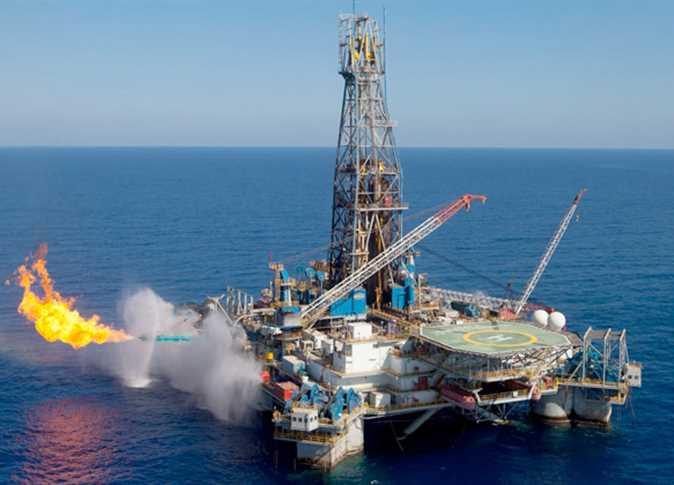 صورة وزير البترول الأسبق: الإعلان عن اكتشافات نفطية جديدة بجوار حقل ظُهر